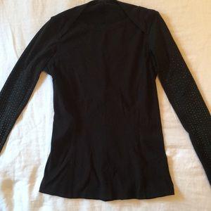 Lululemon pullover running sweater/shirt